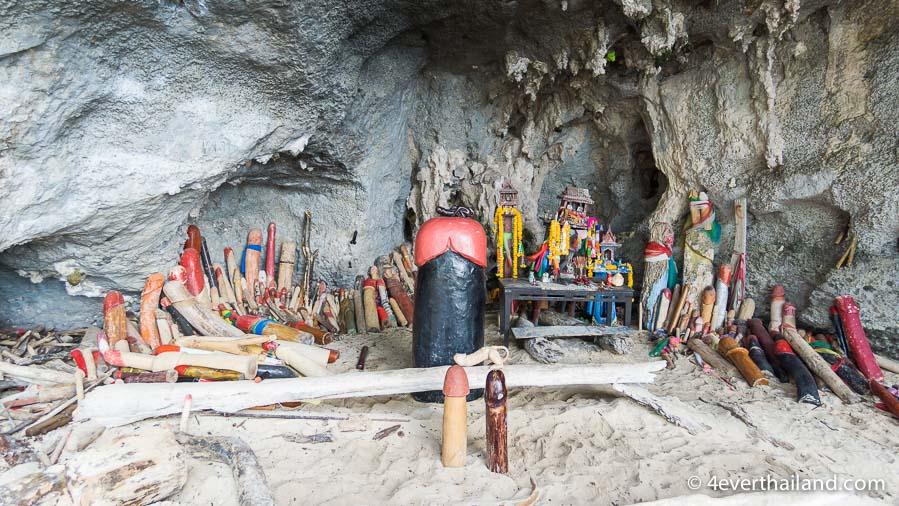 phra nga cave beach krabi-2