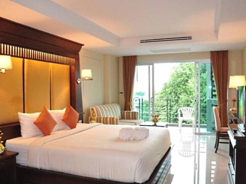 august suites pattaya 2