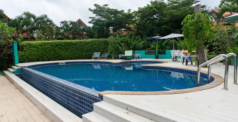 Der Swimming Pool im Boonya Resort.